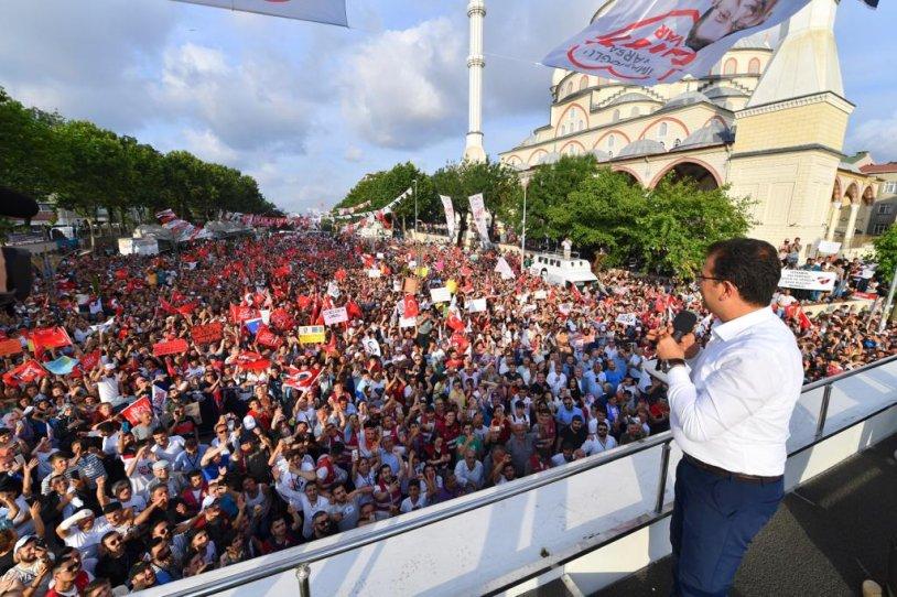 İMAMOĞLU'NA SULTANGAZİ'DE MÜTHİŞ İLGİ!