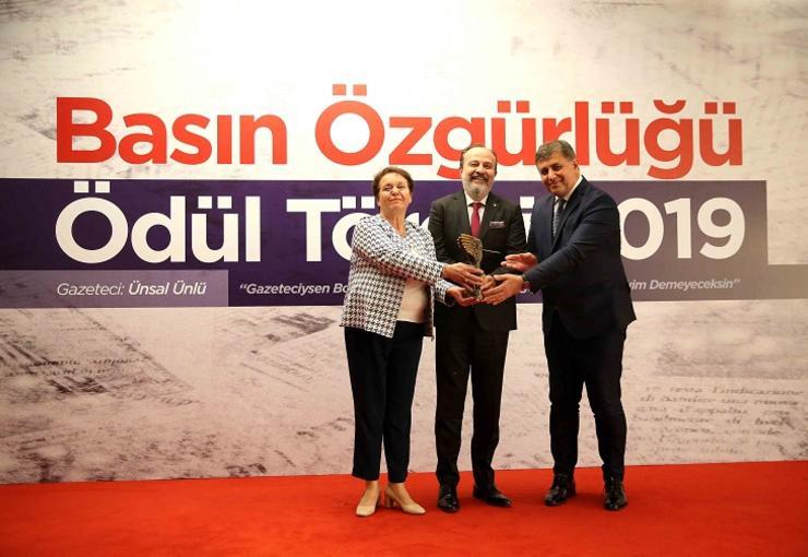 2019 BASIN ÖZGÜRLÜĞÜ ÖDÜLÜ, ÜNLÜ'NÜN..