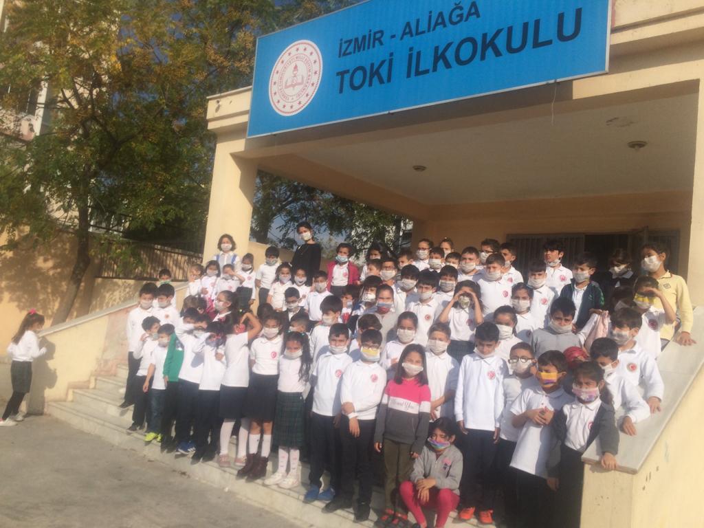 ALİAĞA TOKİ'Lİ ÖĞRENCİLER, MASKE TAKTILAR, FARKINDALIK YAŞADILAR..