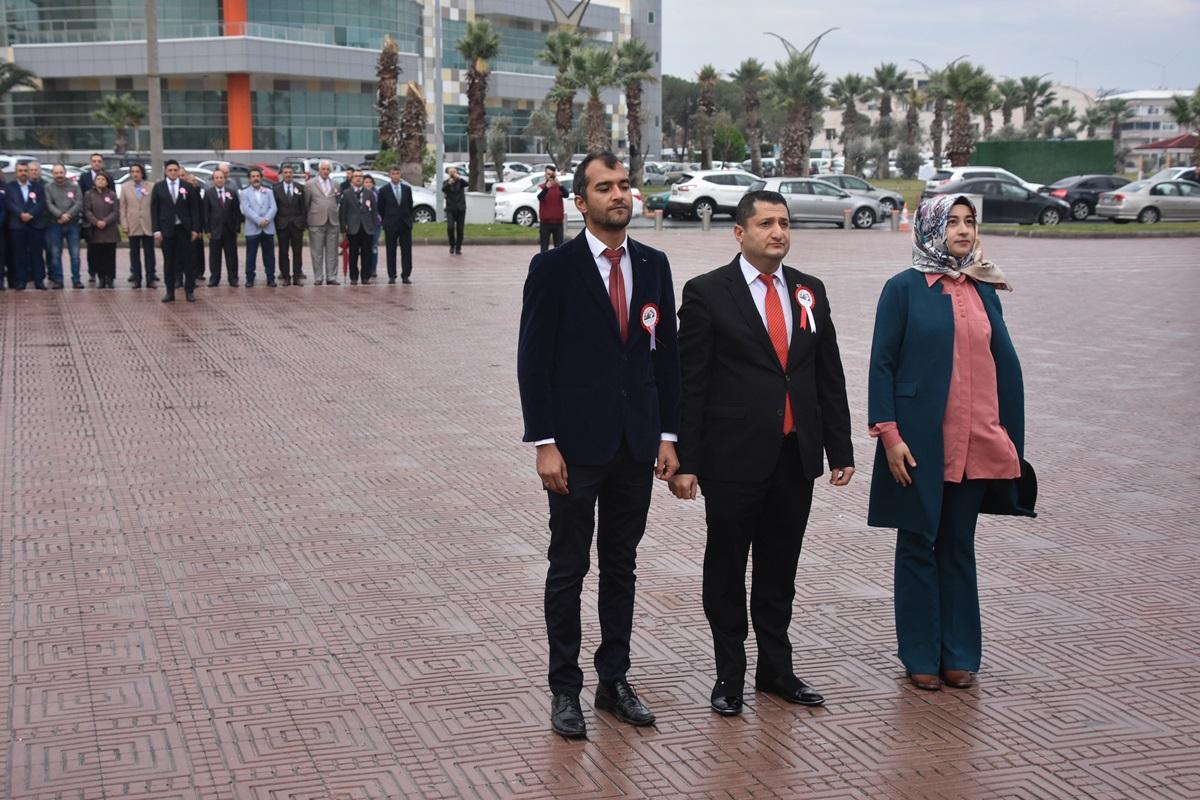 ALİAĞA'DA ÖĞRETMENLER GÜNÜ KUTLANDI..