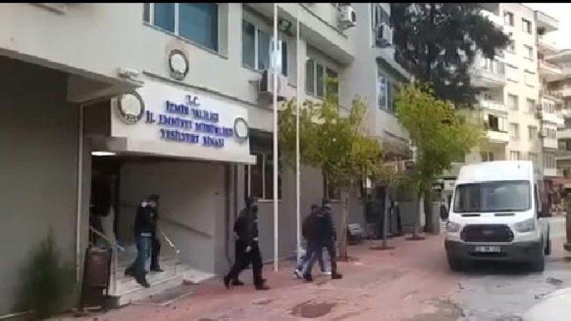 İZMİR'DE 41 KAÇAK GÖÇMEN YAKALANDI, 9 ORGANİZATÖR GÖZALTINA ALINDI..