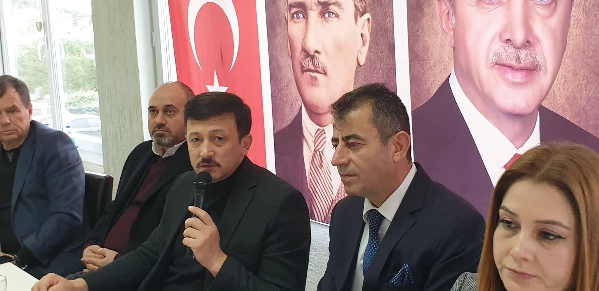 HAMZA DAĞ'A, ALİAĞA'NIN ÖNEMLİ SORUNLARIYLA İLGİLİ SORULAR SORDUK..