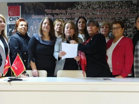 İZMİR CHP'Lİ KADINLAR 1 OY FARKLA BAŞKAN SEÇTİ, ALİAĞA'DAN GÜNEŞ ATAŞ KURULTAY DELEGESİ OLDU..