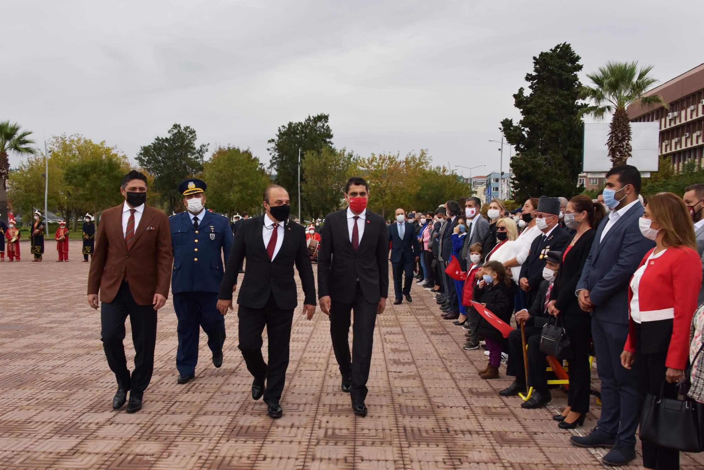 Cumhuriyet'in 97'inci Yılı Aliağa'da Kutlandı..