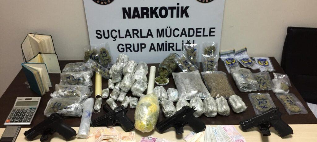 ALİAĞA NARKO'DAN UYUŞTURUCU OPERASYONU..