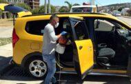 Aliağa'da Ticari Taksiler Dezenfekte Ediliyor..
