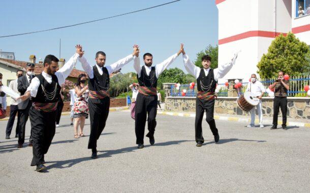 Aliağa Tüpraş Halk Eğitimi Merkezi'nde El Emeği Ürünler Görücüye Çıktı..