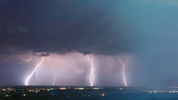 İklim Değişikliği, Çok Daha Şiddetli Fırtınalara Neden Olacak!...