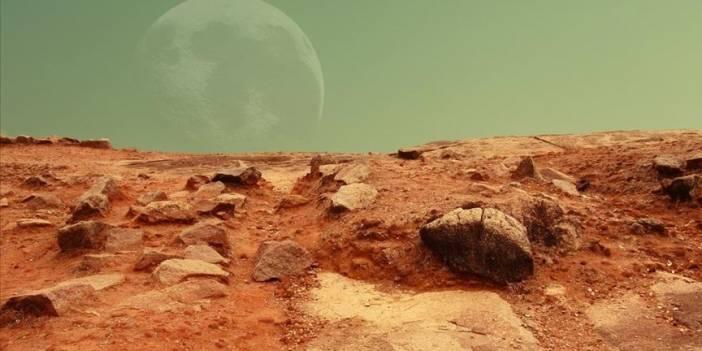 Astronot Kanı ile Mars Tozu Karıştırılarak