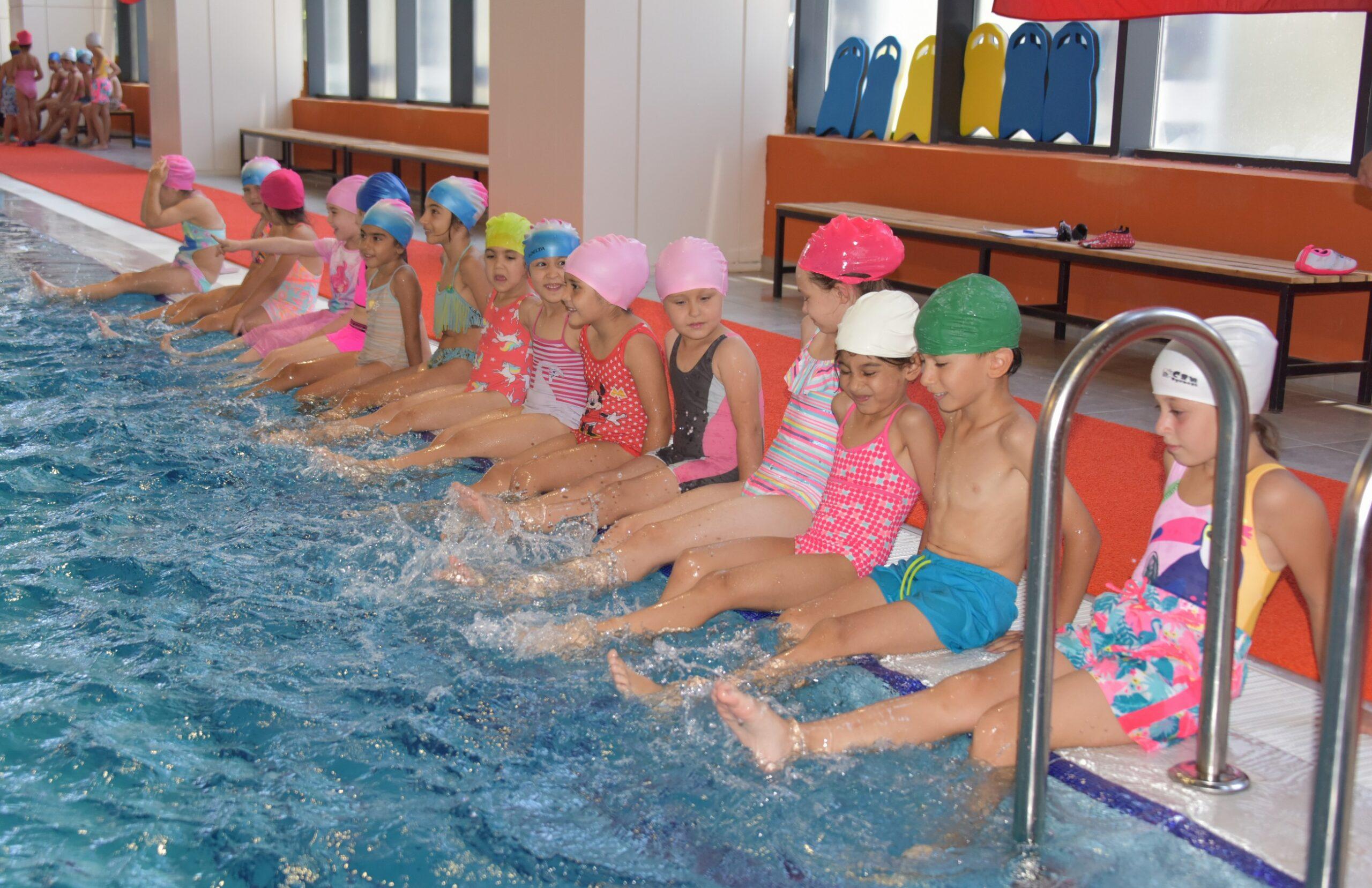 Aliağa'da Kış Dönemi Yüzme Kursları Başlıyor...