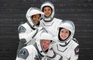 Dünyanın Tamamı Sivillerden Oluşan İlk Ekibi Uzaya Çıkmaya Hazırlanıyor...